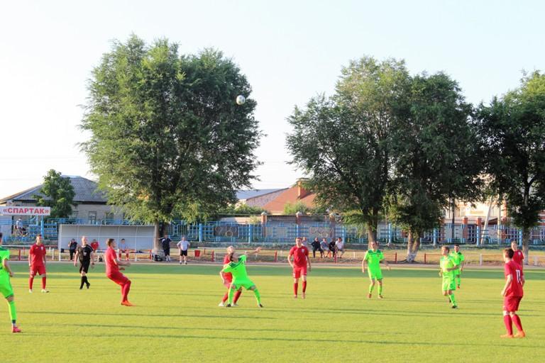 «Спартак» в полуфинале кубка области
