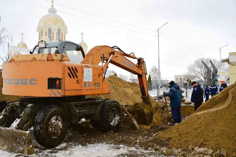 Аварийная бригада ООО «РКС» ликвидировала крупную аварию в районе площади Октябрьская
